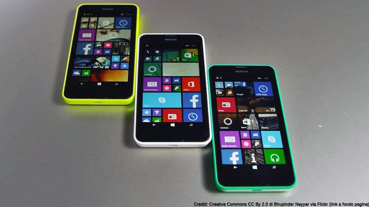Nokia Lumia 635 in different colours